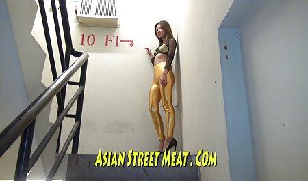 एक प्राकृतिक हाथ से बने के साथ संतुष्ट सेक्सी मूवी हिंदी में वीडियो