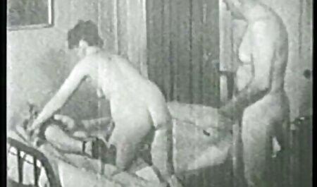 एक आदमी के सेक्स मूवी एचडी में साथ लड़की