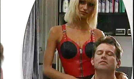 सेक्स फुल सेक्सी मूवी वीडियो में से सुंदर लड़की कराह रही
