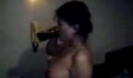 Pupsik नीचे चट्टानों गधा फुल सेक्सी मूवी वीडियो में