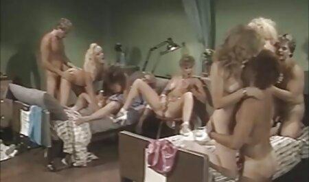 नरम हिंदी में सेक्सी मूवी वीडियो के साथ पशु पुरुष हस्तमैथुन