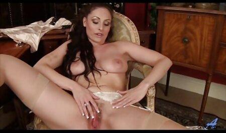 शादी की सेक्सी मूवी वीडियो में सेक्सी रात