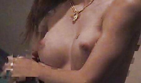 एक खूबसूरत औरत की सेक्सी मूवी पिक्चर हिंदी में डिक चूसने